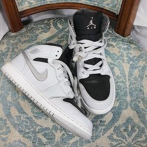 Nike Jordan Retro 6 QS Platinum 6.5Y